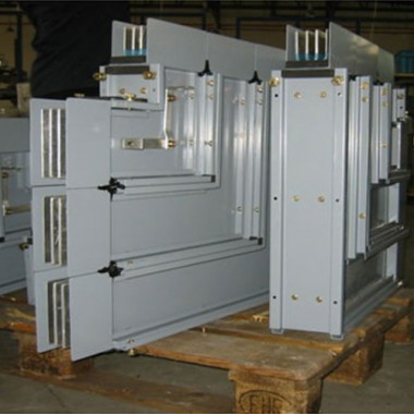 mega-Busbar-Trunking-System-c